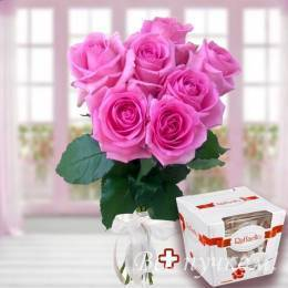 Набор: 7 розовых роз 60-70 см под ленту+раффаэлло трапеция 150 гр