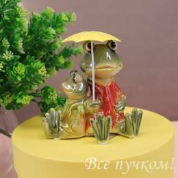"Фигурка ""Лягушки под зонтом"""